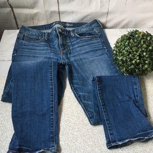 AEO Skinny Mid Rise Medium Wash Jeans
